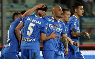 EMPOLI, ITALY - APRIL 20: Massimo MAccarone of Empoli FC celebrates after scoring a goal during the Serie A match between Empoli FC and Hellas Verona FC at Stadio Carlo Castellani on April 20, 2016 in Empoli, Italy.  (Photo by Gabriele Maltinti/Getty Images)