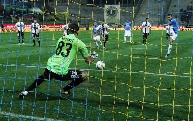 Handanovic Come Pagliuca La Classifica Dei Migliori Pararigori Della Storia Della Serie A Sky Sport