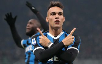 MILAN, ITALY - JANUARY 11:  Lautaro Martinez of FC Internazionale celebrates after scoring the opening goal during the Serie A match between FC Internazionale and Atalanta BC at Stadio Giuseppe Meazza on January 11, 2020 in Milan, Italy.  (Photo by Emilio Andreoli/Getty Images)