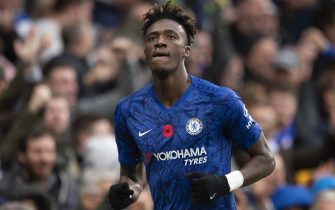LONDON, ENGLAND - NOVEMBER 09: Tammy Abraham celebrates after scoring Chelsea's first goal during the Premier League match between Chelsea FC and Crystal Palace at Stamford Bridge on November 09, 2019 in London, United Kingdom. (Photo by Visionhaus)