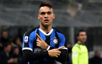 MILAN, ITALY - JANUARY 11: Lautaro Martínez of FC Internazionale celebrates after scoring his goal 1-0 during the Serie A match between FC Internazionale and Atalanta BC at Stadio Giuseppe Meazza on January 11, 2020 in Milan, Italy. (Photo by MB Media/Getty Images)