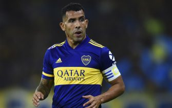 BUENOS AIRES, ARGENTINA - JANUARY 26: Carlos Tevez of Boca Juniors looks on during a match between Boca Juniors and Independiente as part of Superliga 2019/20 at Alberto J. Armando Stadium on January 26, 2020 in Buenos Aires, Argentina. (Photo by Marcelo Endelli/Getty Images)