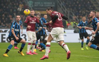 MILAN, ITALY - FEBRUARY 09:  Zlatan Ibrahimovic of AC Milan scores his goal during the Serie A match between FC Internazionale and AC Milan at Stadio Giuseppe Meazza on February 9, 2020 in Milan, Italy.  (Photo by Emilio Andreoli/Getty Images)