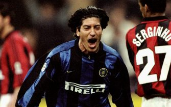 5 Mar 2000:   Ivan Zamorano of Inter Milan during the Italian Serie A game between Milan and Inter Milan at the San Siro stadium in Milan, Italy. The game finished 1-2 to Inter Milan. \ Mandatory Credit: Claudio Villa /Allsport