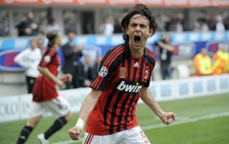 "AC Milan's forward Filippo Inzaghi celebrates after scoring during their ""Serie A"" football match AC Milan vs Inter Milan at San Siro Stadium  in Milan on May 4, 2008. AFP PHOTO / GIUSEPPE CACACE (Photo credit should read GIUSEPPE CACACE/AFP via Getty Images)"