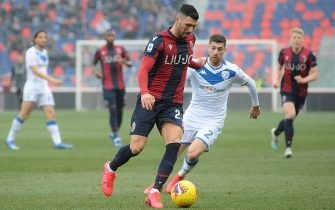 BOLOGNA, ITALY - FEBRUARY 01:Roberto Soriano of Bologna FC in action  during the Serie A match between Bologna FC and  Brescia Calcio at Stadio Renato Dall'Ara on February 01, 2020 in Bologna, Italy. (Photo by Mario Carlini / Iguana Press/Getty Images)