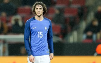 COLOGNE, GERMANY - NOVEMBER 14: Adrien Rabiot of France looks on during the International friendly match between Germany and France at RheinEnergieStadion on November 14, 2017 in Cologne, Germany. (Photo by TF-Images/TF-Images via Getty Images)