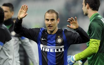 TURIN, ITALY - NOVEMBER 03:  Rodrigo Palacio of FC Inter Milan celebrates victory at the end of the Serie A match between Juventus FC and FC Internazionale Milano at Juventus Arena on November 3, 2012 in Turin, Italy.  (Photo by Claudio Villa/Getty Images)