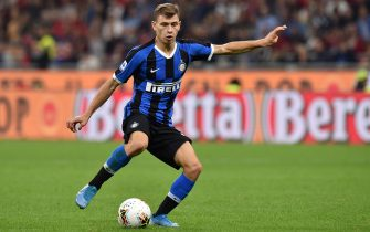 MILAN, ITALY - SEPTEMBER 21: Nicolo' Barella of Internazionale in action during the Serie A match between AC Milan and FC Internazionale at Stadio Giuseppe Meazza on September 21, 2019 in Milan, Italy. (Photo by Tullio M. Puglia/Getty Images)