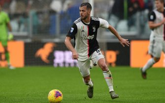 TURIN, ITALY - DECEMBER 01: Miralem Pjanic of Juventus during the Serie A match between Juventus and US Sassuolo at Allianz Stadium on December 1, 2019 in Turin, Italy. (Photo by Chris Ricco/Getty Images)