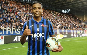 Atalantas Luis Muriel with the bll after scores 3 goals  during the Italian Serie A soccer match Atalanta BC vs UDinese at the Gewiss Stadium in Bergamo, Italy, 27 October 2019.ANSA/PAOLO MAGNI