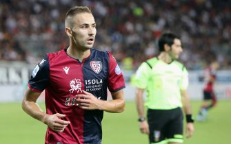 CAGLIARI, ITALY - SEPTEMBER 01:  Marko Rog of Cagliari in actionduring the Serie A match between Cagliari Calcio and FC Internazionale at Sardegna Arena on September 1, 2019 in Cagliari, Italy.  (Photo by Enrico Locci/Getty Images)