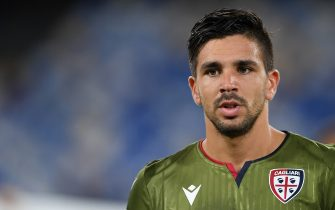 NAPLES, ITALY - SEPTEMBER 25: Giovanni Simeone of Cagliari Calcio during the Serie A match between SSC Napoli and Cagliari Calcio at Stadio San Paolo on September 25, 2019 in Naples, Italy. (Photo by Francesco Pecoraro/Getty Images)