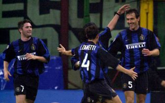 14 Oct 2000:   Laurent Blanc celebrates with his teammates after scoring for Inter Milan  during the Serie A league match between Inter Milan and Napoli played at the San Siro, Milan, Italy. Mandatory Credit: Grazia Neri/ALLSPORT