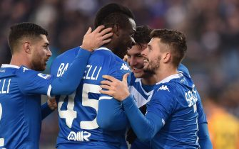 BRESCIA, ITALY - DECEMBER 14: Nikolas Spalek (R) of Brescia celebrates with Mario Balotelli after scoring his team's third goal during the Serie A match between Brescia Calcio and US Lecce at Stadio Mario Rigamonti on December 14, 2019 in Brescia, Italy. (Photo by Tullio M. Puglia/Getty Images)