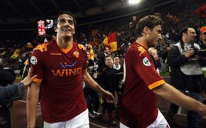 """Comprerai la Roma?"". Gag social fra Totti e Toni"