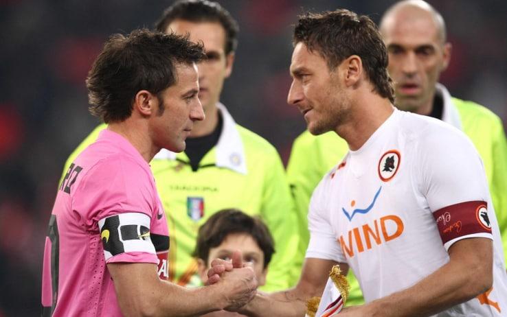 Del Piero e Totti durante una sfida tra Juve e Roma