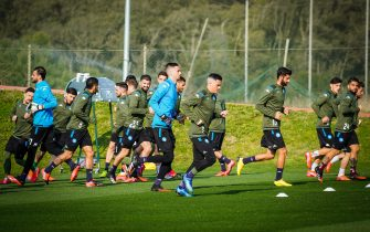 SSC Napoli's players attends the team's training session at Castel Volturno's sport center in Caserta , Italy,  24  February 2020. Napoli will face Barcelona  on 25 february 2020 at San Paolo stadium in the first leg of their UEFA Champions League Round of 16 match. ANSA / CESARE ABBATE