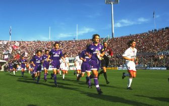 1 Nov 1996:  Gabriel Batistuta (left) of Fiorentina and Paolo Maldini (right) of AC Milan lead their teams onto the pitch before a Serie A match at the Artemio Franchi Stadium in Florence, Italy.  \ Mandatory Credit: Allsport UK /Allsport