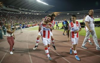 epa07798255 Red Star's Tomane (L), Jose Canas (C) and Mateo Garcia (R) celebrate after the UEFA Champions League playoff, second leg soccer match between BSC Young Boys and Red Star Belgrade in Belgrade, Serbia, 27 August 2019.  EPA/ANDREJ CUKIC