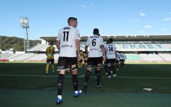 GOSFORD, AUSTRALIA - MARCH 20: Melbourne City players walk onto the ground at the start of the match during the round 24 A-League match between the Central Coast Mariners and Melbourne City at Central Coast Stadium on March 20, 2020 in Gosford, Australia. (Photo by Tony Feder/Getty Images)