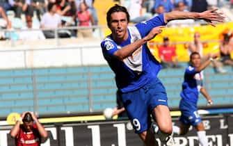 © Vincenzo Coraggio \ LaPresse01-05-2005 Romasport - calciocampionato serie A TIM stagione 2004-2005   Roma - BresciaEsultanza Brescia dopo la rete di Andrea Caracciolo