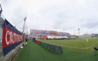 CROTONE, ITALY - OCTOBER 23:  A general view of stadium during the Serie A match between FC Crotone and SSC Napoli at Stadio Comunale Ezio Scida on October 23, 2016 in Crotone, Italy.  (Photo by Maurizio Lagana/Getty Images)