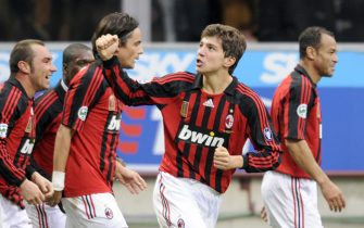 A.C.Milan striker Alberto Paloschi (2R) jubilates with his teammates after scoring during the Italian Serie A football match Inter Milan against A.C. Siena at San Siro Stadium in Milan, February 10, 2008. AFP PHOTO DAMIEN MEYER (Photo credit should read DAMIEN MEYER/AFP/Getty Images)