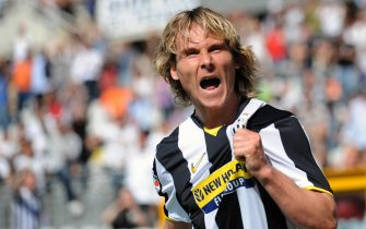 Juventus Czech midfielder Pavel Nedved celebrates after scoring his second goal during their Serie A football match Juventus  vs Lecce at Olympic Stadium  in Turin on  May 3, 2009. AFP PHOTO / GIUSEPPE CACACE (Photo credit should read GIUSEPPE CACACE/AFP/Getty Images)