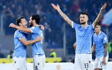 SS Lazio's players celebrate after winning the Italian Serie A soccer match against FC Juventus at the Olimpico stadium in Rome, Italy, 07 December 2019.  ANSA/ETTORE FERRARI