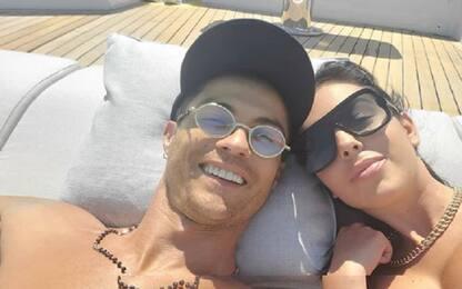 CR7 e Georgina, relax in yacht a Viareggio. FOTO