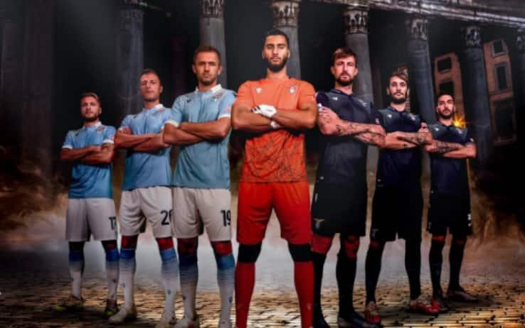 Lazio, presentate le maglie per la stagione 2020/2021. FOTO | Sky ...