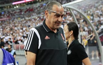 epa07731504 Juventus' head coach Maurizio Sarri before the International Champions Cup (ICC) soccer match between Juventus FC and Tottenham Hotspur at the National Stadium in Singapore, 21 July 2019.  EPA/WALLACE WOON