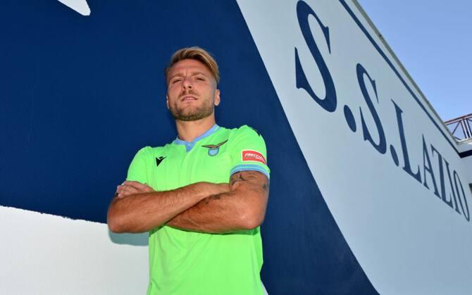 Lazio, la nuova seconda maglia per il 2020-2021. Le foto   Sky Sport