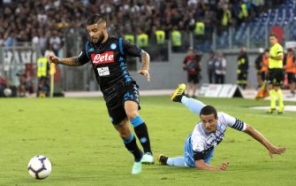Napoli's Lorenzo Insigne (L) in action during the Italian Serie A soccer match SS Lazio vs SSC Napoli at Olimpico stadium in Rome, Italy, 18 August 2018.