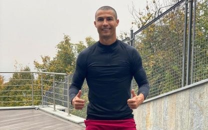 Ronaldo, nuovo look sognando la sfida a Messi