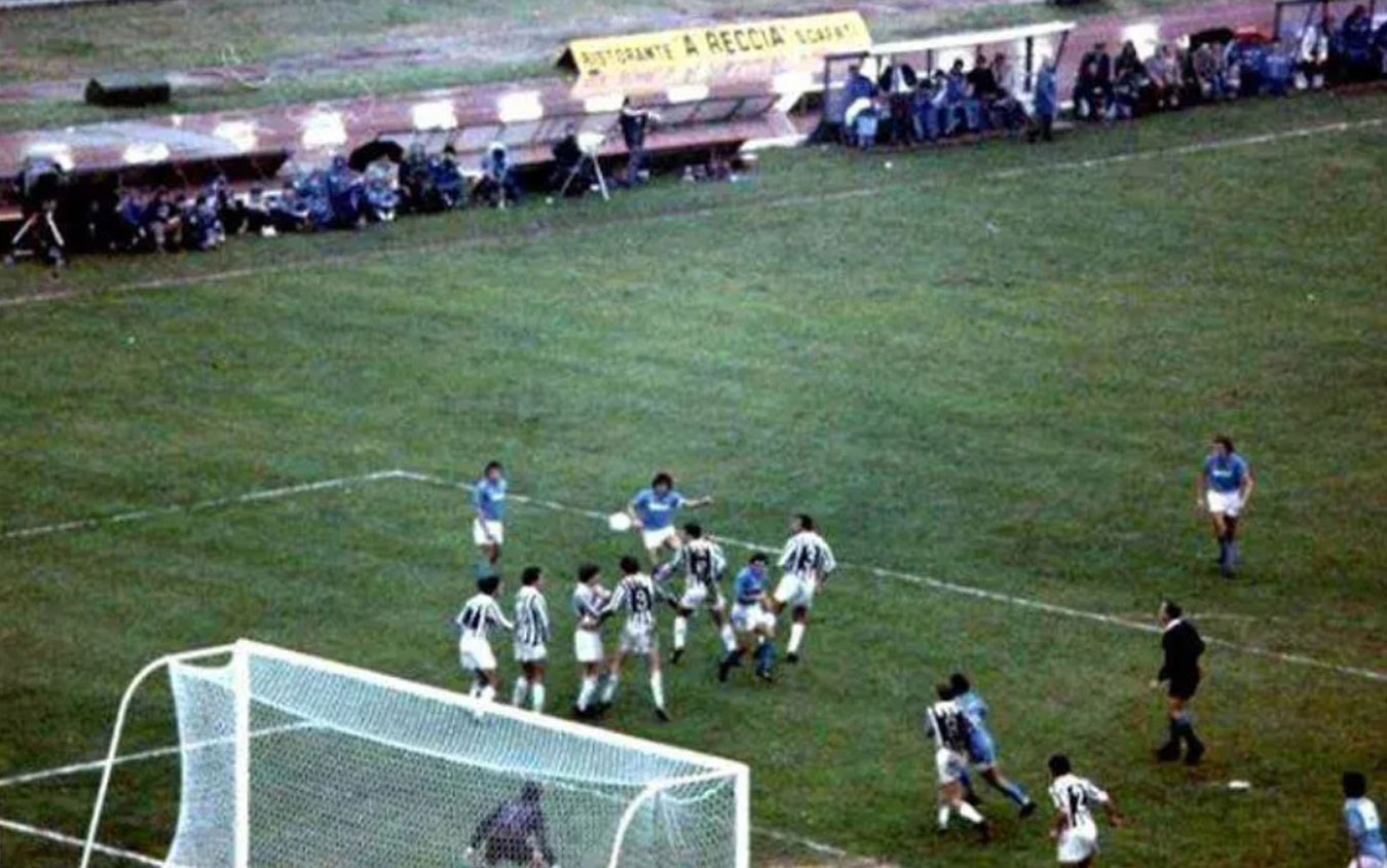 Maradona punizione
