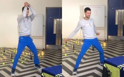 """Djokovic imita la sua esultanza, CR7: """"Non male"""""""