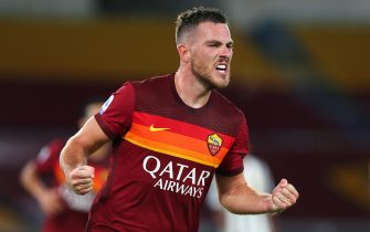 Jordan Veretout of Roma celebrates after scoring 1-0 goal during the italian Serie A soccer match between AS Roma and FC Juventus at Olimpico Stadium in Rome, Italy, 26 Semptember 2020. ANSA/FEDERICO PROIETTI