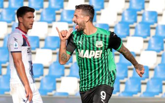 Sassuolo's   Francesco Caputo        jubilates after scoring the 3-1 goal during the Italian Serie A soccer match US Sassuolo vs FC Crotone at Mapei Stadium in Reggio Emilia, Italy, 03 October 2020. ANSA /SERENA CAMPANINI