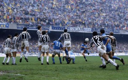 """Juve ricorda Diego con la punizione """"impossibile"""""""