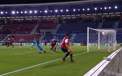 Pavoletti, il ritorno al gol è di tacco. VIDEO