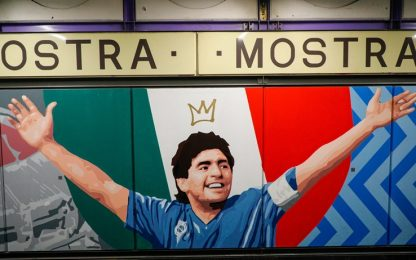 """Napoli, tutti i murales della """"Mostra-Maradona"""""""