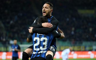 Inter's Eder (front) jubilates with his teammate Danilo D'Ambrosio after scoring the goal during the Italian Serie A soccer match Inter FC vs FC Crotone at Giuseppe Meazza stadium in Milan, Italy, 03 February 2018.ANSA/MATTEO BAZZI