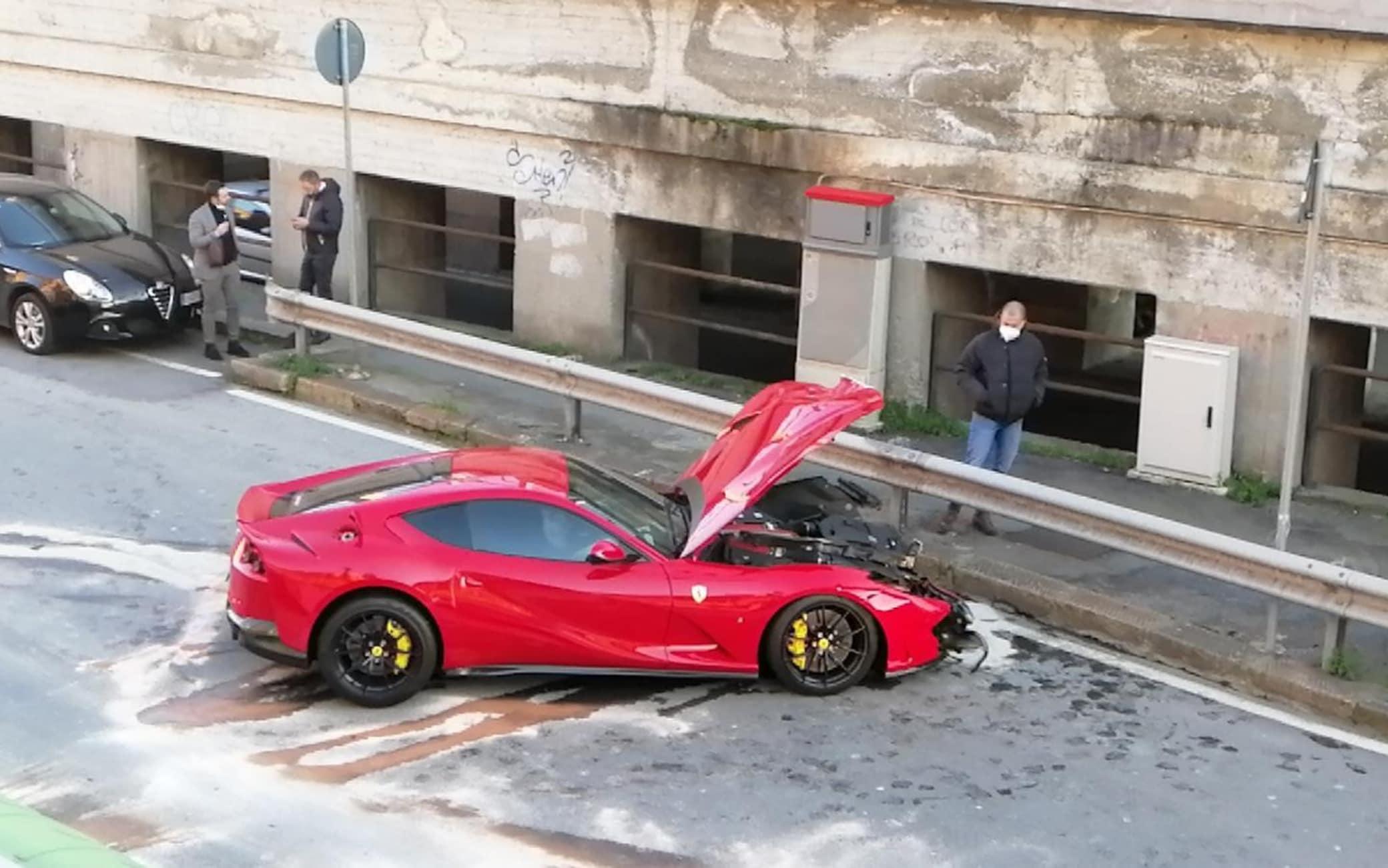 La Ferrari distrutta di Marchetti
