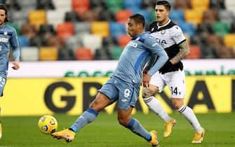 Atalanta's Luis Muriel (L) scores the 1-1 goal during the Italian Serie A soccer match Udinese Calcio vs Atalanta BC at the Friuli - Dacia Arena stadium in Udine, Italy, 20 January 2021. ANSA/GABRIELE MENIS