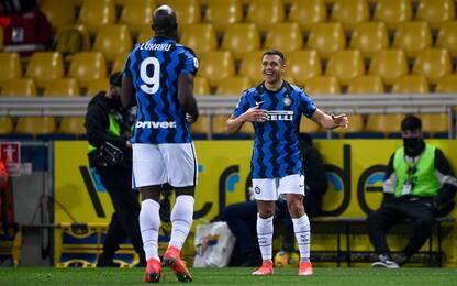 Inter in fuga scudetto: 2-1 al Parma, +6 sul Milan