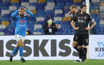 Insigne trascina il Napoli, Bologna battuto 3-1