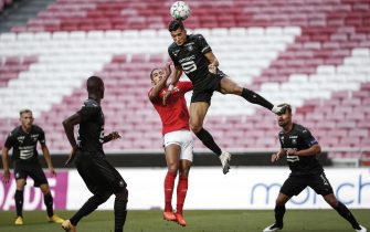 epa08649543 Benfica's player Gilberto (C) in action against Rennes' Nayef Aguerd (2R) during the pre-season friendly soccer match between Benfica and Rennes held at Luz Stadium in Lisbon, Portugal, 05 September 2020.  EPA/RODRIGO ANTUNES