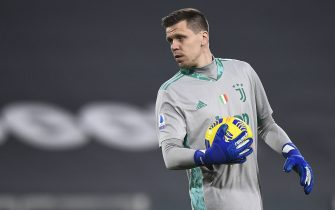 TURIN, ITALY - February 06, 2021: Wojciech Szczesny of Juventus FC holds the ball during the Serie A football match between Juventus FC and AS Roma. Juventus FC won 2-0 over AS Roma. (Photo by Nicolò Campo/Sipa USA)